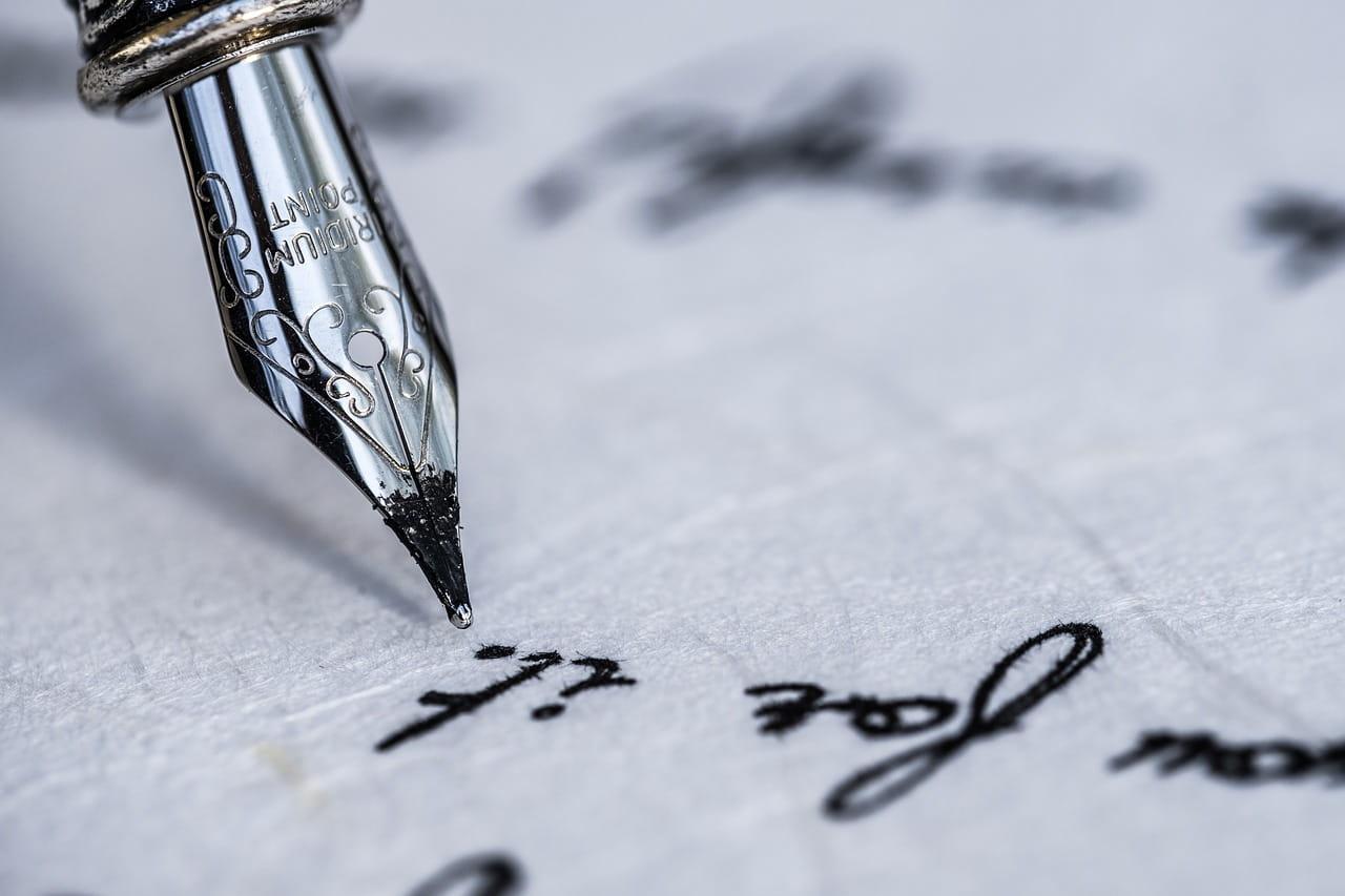 Badania grafologiczne pisma ręcznego przeprowadza dobry grafolog.
